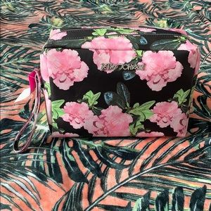 BETSEY JOHNSON Floral Oversize Cosmetic Bag NEW